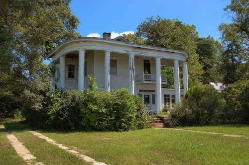 Hazlehurst GA Dr Samuel Martin House Neoclassical Eclectic Photograph Copyright Brian Brown Vanishing South Georgia USA 2014