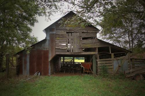 Long County GA Baxter Farm Barn Photograph Copyright Brian Brown Vanishing South Georgia USA 2014