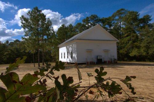 pleasant-hill-united-methodist-church-bulloch-county-ga-portal-area-dirt-churchyard-photograph-copyright-brian-brown-vanishing-south-georgia-usa-2014