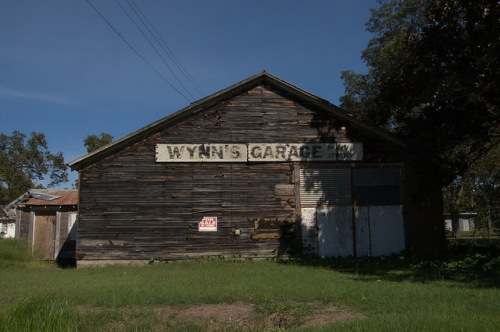 Wynns Garage Sycamore GA Photograph Copyright Brian Brown Vanishing South Georgia USA 2014