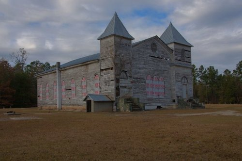 carswell-grove-baptist-church-endangered-african-american-landmark-congregation-started-by-freed-slaves-jenkins-county-ga-photograph-copyright-brian-brown-vanishing-south-georgia-usa-2011