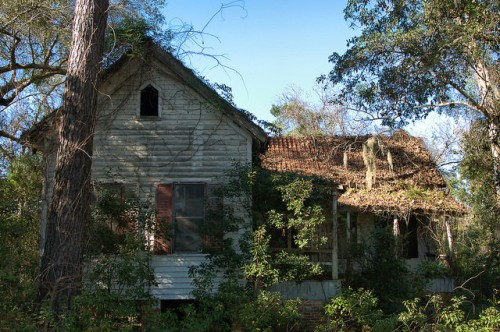 Ludowici GA Ludowici Tile Roof House Photograph Copyright Brian Brown Vanishing South Georgia USA 2015