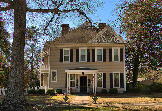 Sandersville GA Vernacular House Photograph Copyright Brian Brown Vanishing South Georgia USA 2015