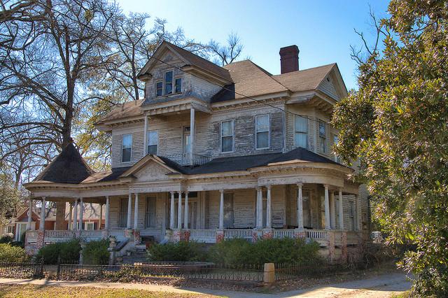 Sandersville GA Washington County Colonial Revival Eclectic House Photograph Copyright Brian Brown Vanishing South Georgia USA 2015