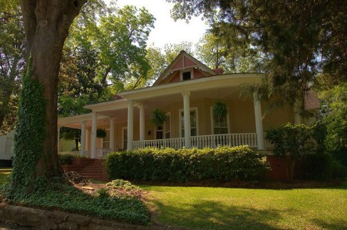 Americus GA Historic District Folk Victorian Architecture Photograph Copyright Brian Brown Vanishing South Georgia USA 2015