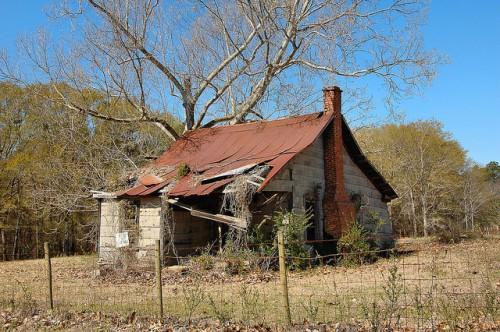 Alamo GA Wheeler County Tenant Farm House Tar Paper Siding Photograph Copyright Brian Brown Vanishing South Georgia USA 2015