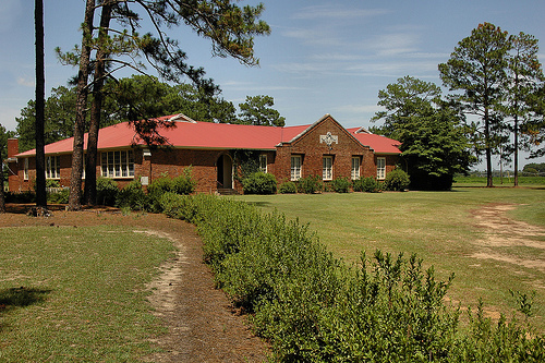 mystic-ga-irwin-county-ga-beaux-arts-architecture-high-school-irwin-grace-christian-academy-pictures-photo-copyright-brian-brown-vanishing-south-georgia-usa-2015