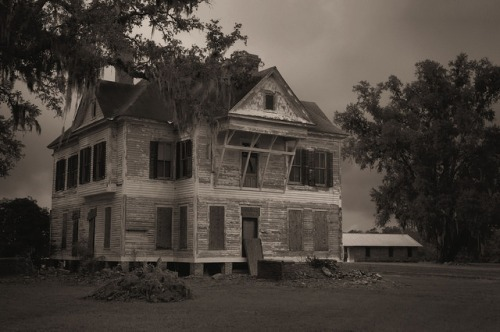 Wasden House Brooks County GA Endangered Landmark Photograph Copyright Brian Brown Vanishing South Georgia USA 2015