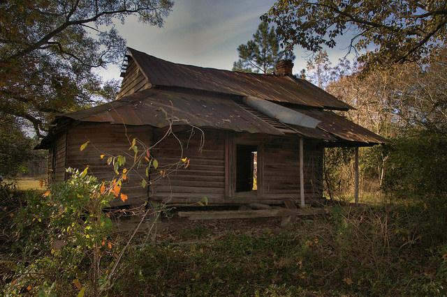Bacon County Pioneer Log Farmhouse Photograph Copyright Brian Brown Vanishing South Georgia USA 2015