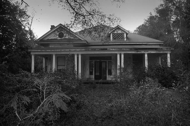 Colonial Revival House Eastman Vanishing South Georgia