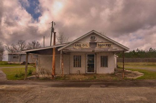 Heath Crossing Grocery Telfair County GA Photograph Copyright Brian Brown Vanishing South Georgia USA 2015