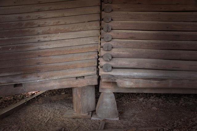 Pioneer Log House Bacon County GA Joinery Photograph Copyright Brian Brown Vanishing South Georgia USA 2015