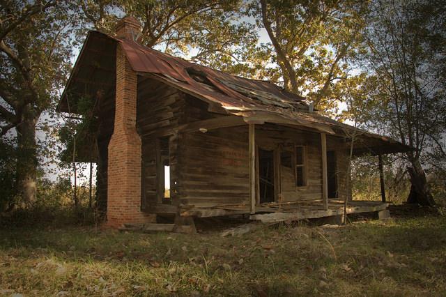 Pioneer Log House Bacon County GA Photograph Copyright Brian Brown Vanishing South Georgia USA 2015