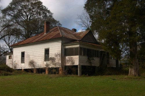 Scotland GA Telfair County Hip Roof House Photograph Copyright Brian Brown Vanishing South Georgia USA 2015