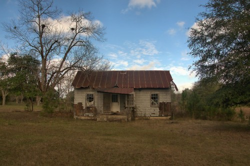 Suomi GA Dodge County Tar Paper Tenant House Photograph Copyright Brian Brown Vanishing South Georgia USA 2015