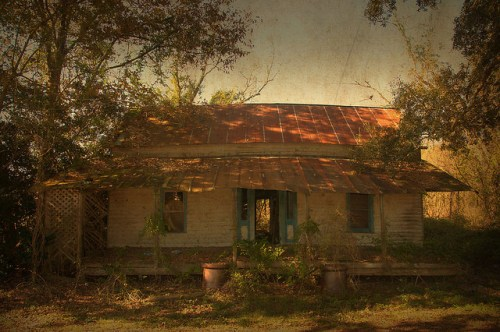 Wayne County GA Abandoned Vernacular Farmhouse Photograph Copyright Brian Brown Vanishing South Georgia USA 2015