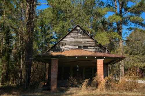 Lanier GA Bryan County Abandoned Country Store Photograph Copyright Brian Brown Vanishing South Georgia USA 2016