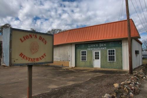 Morgan GA Lions Den Restaurant Sign Photograph Copyright Brian Brown Vanishing South Georgia USA 2016