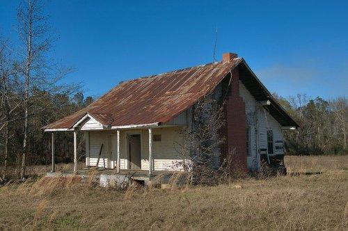 New Home Community Johnson County GA Tenant Farmhouse Photograph Copyright Brian Brown Vanishing South Georgia USA 2016