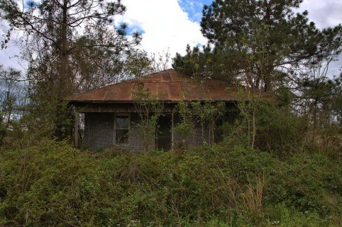 Hip Roof Tenant Farmhouse Highway 56 Toombs County GA Photograph Copyright Brian Brown Vanishing South Georgia USA 2016