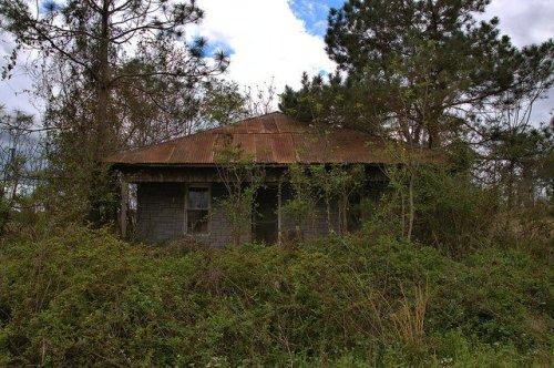 Hip Roof Tenant Farmhouse Highway 56 Toombs County GA Photograph Copyright Brian Brown Vanishing South Georgia USA 2016