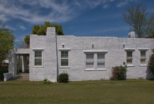 nashville ga pueblo revival architecture house photograph copyright brian brown vanishing south georgia usa 2016