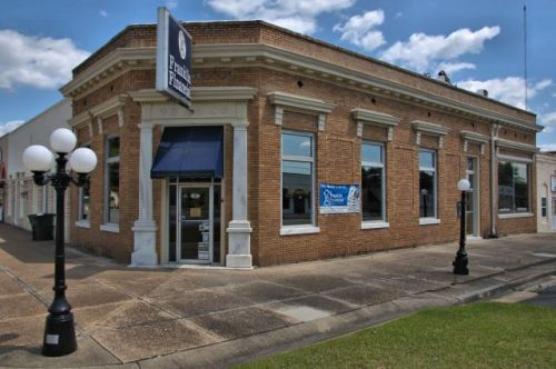 burtler ga historic bank building photograph copyright brian brown vanishing south georgia usa 2016