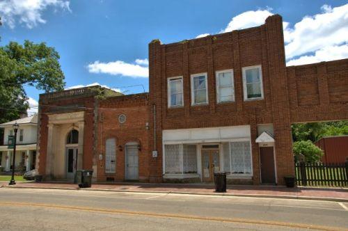 historic marshallville ga storefronts photograph copyright brian brown vanishing south georgia usa 2016