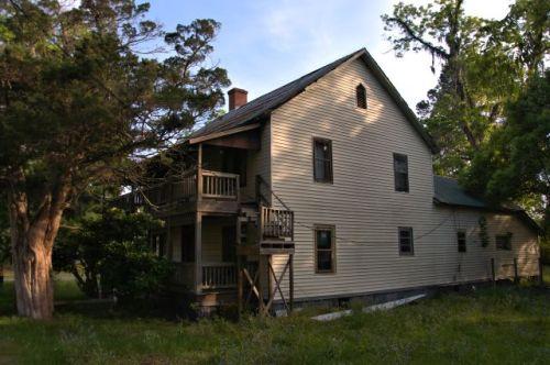 ludowici ga a b stafford house photograph copyright brown vanishing south georgia usa 2016