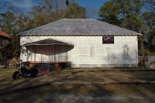 ludowici ga community house library photogrpah copyright brian brown vanishing south georgia usa 2015