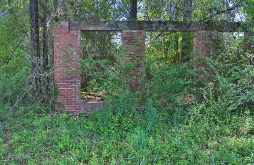 millwood ga commercial ruins photograph copyright brian brown vanishing south georgia usa 2016