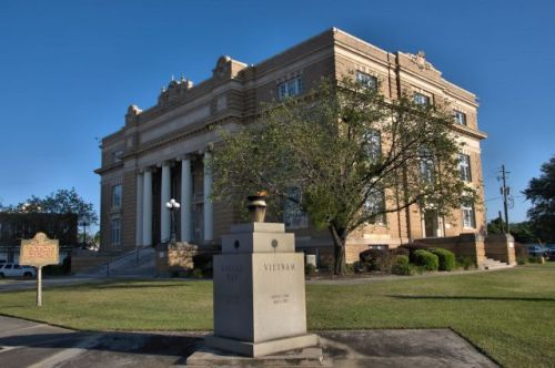 tift county courthouse tifton ga photograph copyright brian brown vanishing south georgia usa 2016
