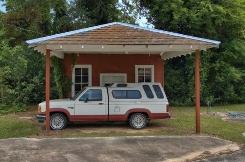 jakin ga filling station photograph copyright brian brown vanishing south georgia usa 2016