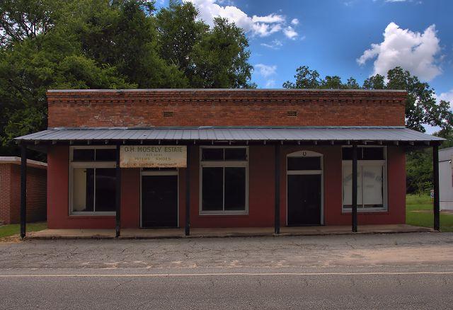 jakin ga mosely building photograph copyright brian brown vanishing south georgia usa 2016