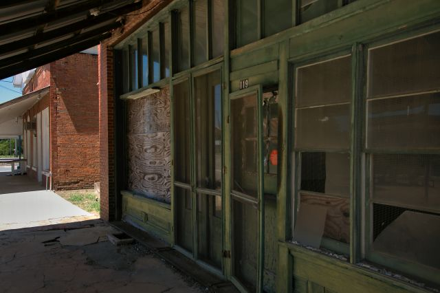 lilly drug company storefront photograph copyright brian brown vanishing south georgia usa 2016