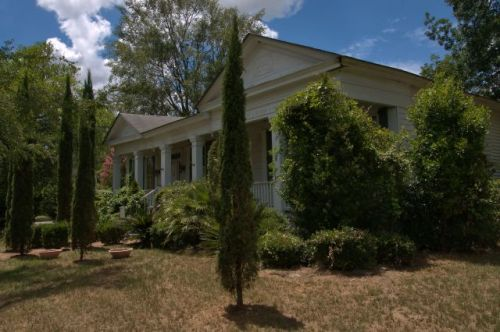 oglethorpe ga antebellum greek revival house photograph copyright brian brown vanishing south georgia usa 2016