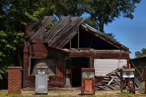 pitts ga kings garage photograph copyright brian brown vanishing south georgia usa 2016