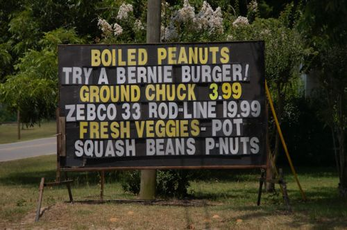 bellville-ga-bernie-burger-sign-photograph-copyright-brian-brown-vanishing-south-georgia-usa-2016