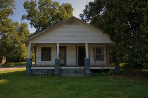 poulan-ga-gablefront-house-photograph-copyright-brian-brown-vanishing-south-georgia-usa-2016