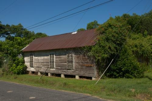 poulan-ga-warehouse-photograph-copyright-brian-brown-vanishing-south-georgia-usa-2016