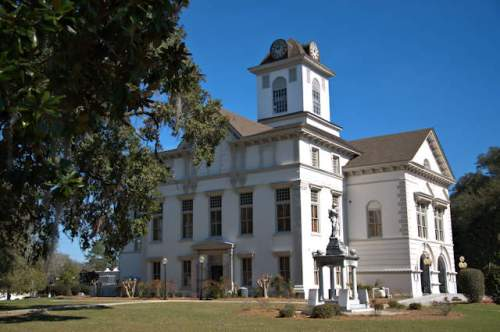 brooks-county-courthouse-quitman-ga-photograph-copyright-brian-brown-vanishing-south-georgia-usa-2017