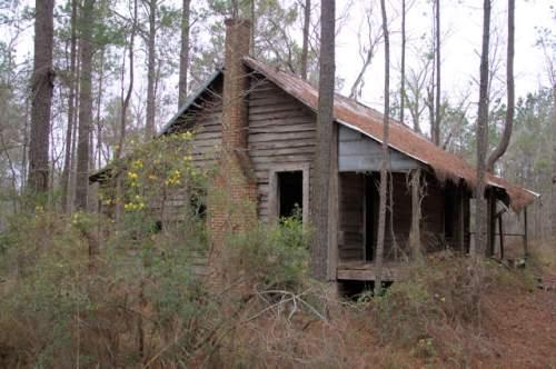 decatur-county-ga-vernacular-tenant-house-photograph-copyright-brian-brown-vanishing-south-georgia-usa-2017