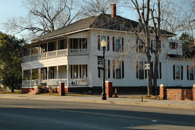 Awesome ... Landmark Was Once The Office Of Fitzgeraldu0027s First Black Physician, Dr.  Edward Toomer. The Structure Has Been Historically Known As A Boarding House,  ...
