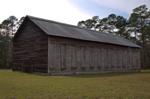 grady-county-ga-shade-tobacco-barn-photograph-copyright-brian-brown-vanishing-south-georgia-usa-2017