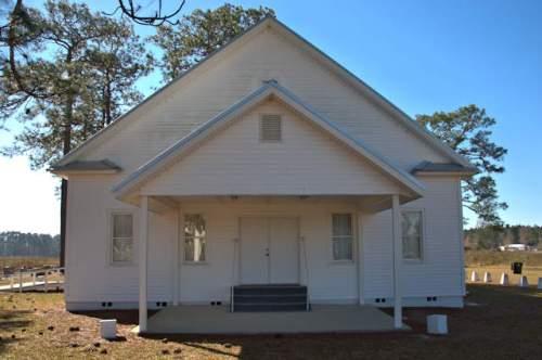 historic-refuge-primitive-baptist-church-atkinson-county-photograph-copyright-brian-brown-vanishing-south-georgia-usa-2017