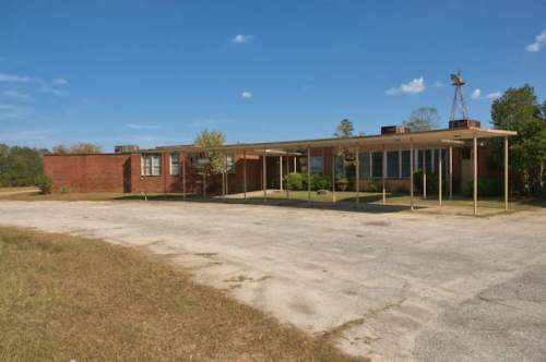 workmore-school-telfair-county-ga-photograph-copyright-brian-brown-vanishing-south-georgia-usa-2017