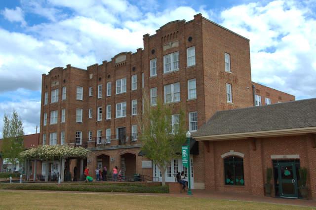 fred roberts hotel 1926 dublin vanishing south georgia