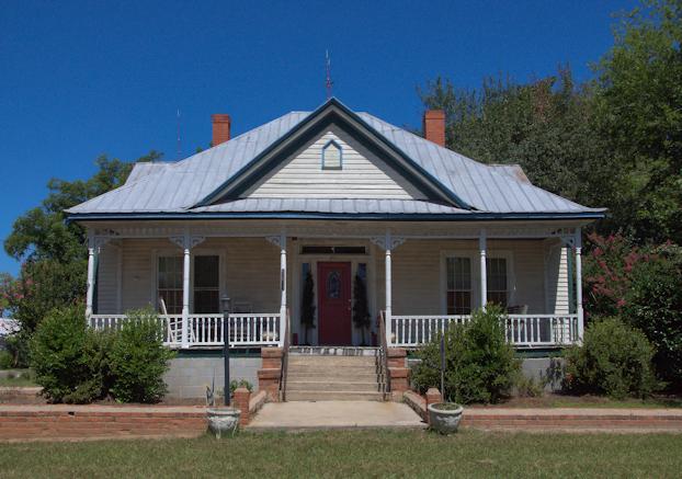 Folk Victorian House Wrens Vanishing South Georgia Photographs By